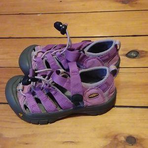 Keen girls size 11 shoes